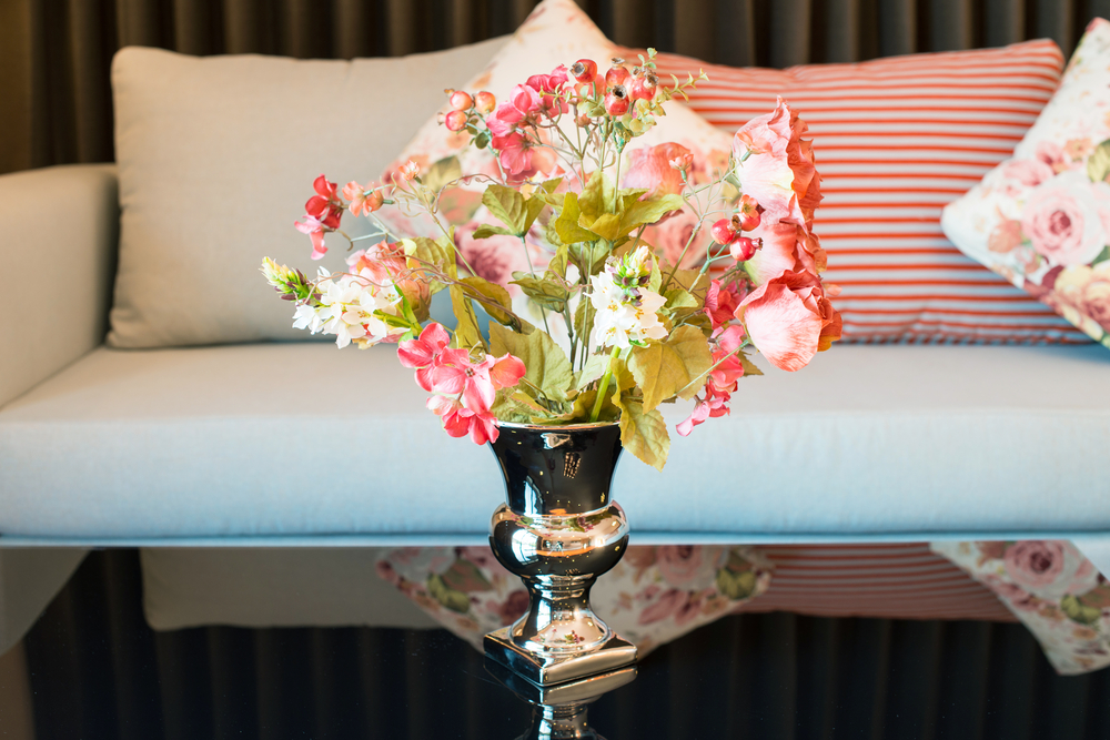 6 Quick Home Staging Tips for Spring Time