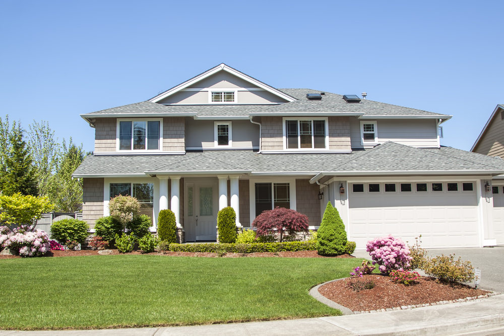 5 Landscaping Tips to Make Your Home More Desirable to Buyers