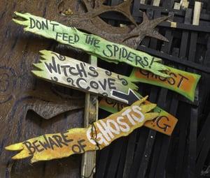 Halloween signs to scare children