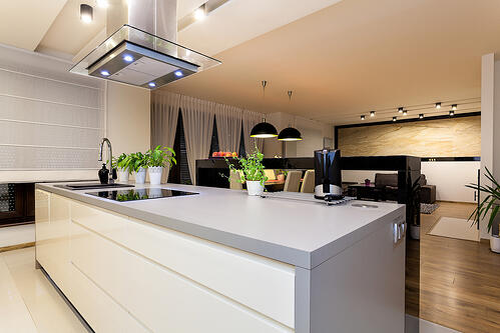 Urban apartment - White furniture in a modern kitchen