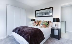 photo-of-bedroom-1454806
