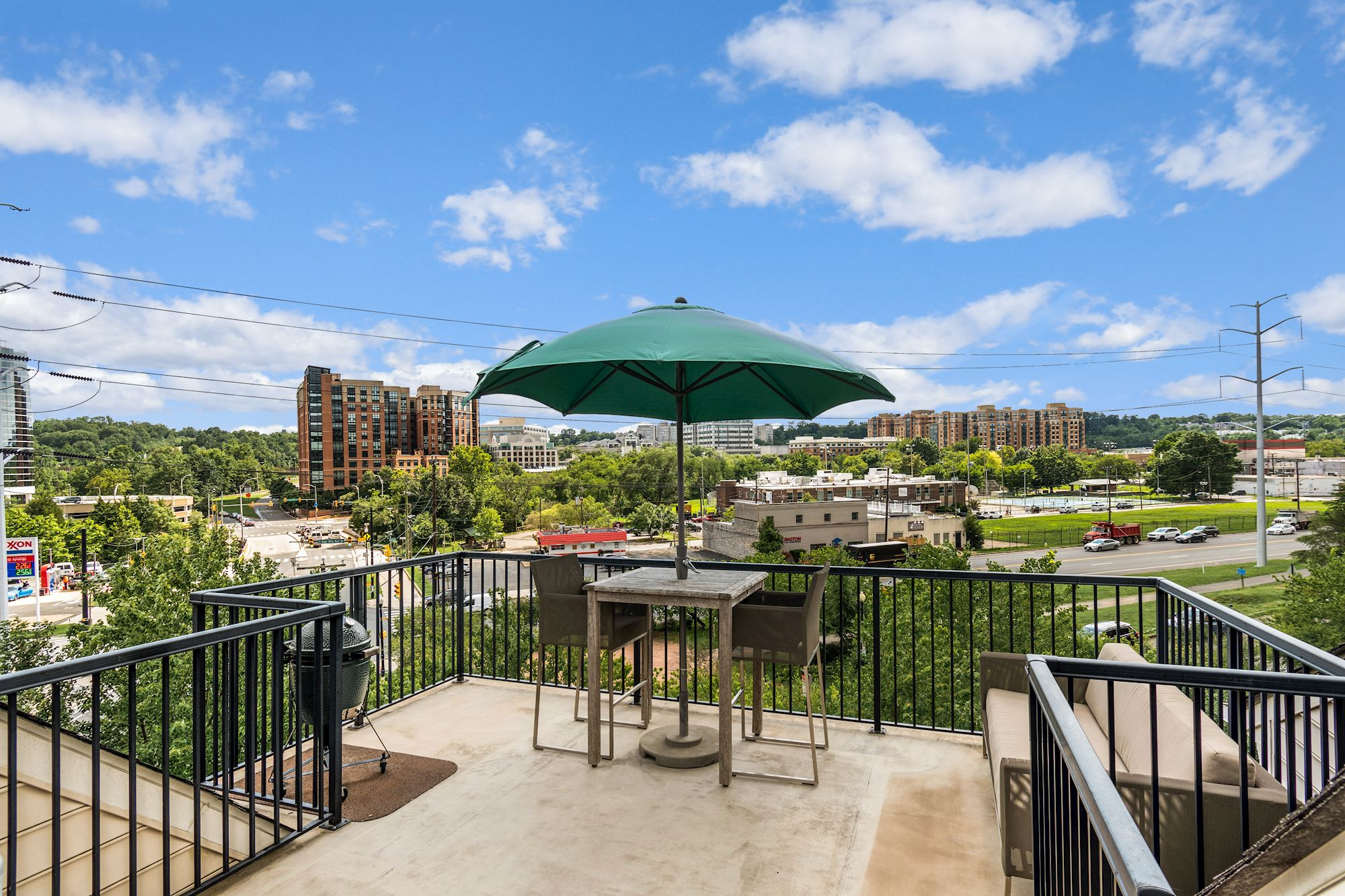 SOLD: Premium End Unit Townhome in Shirlington Crest Community, Arlington, VA