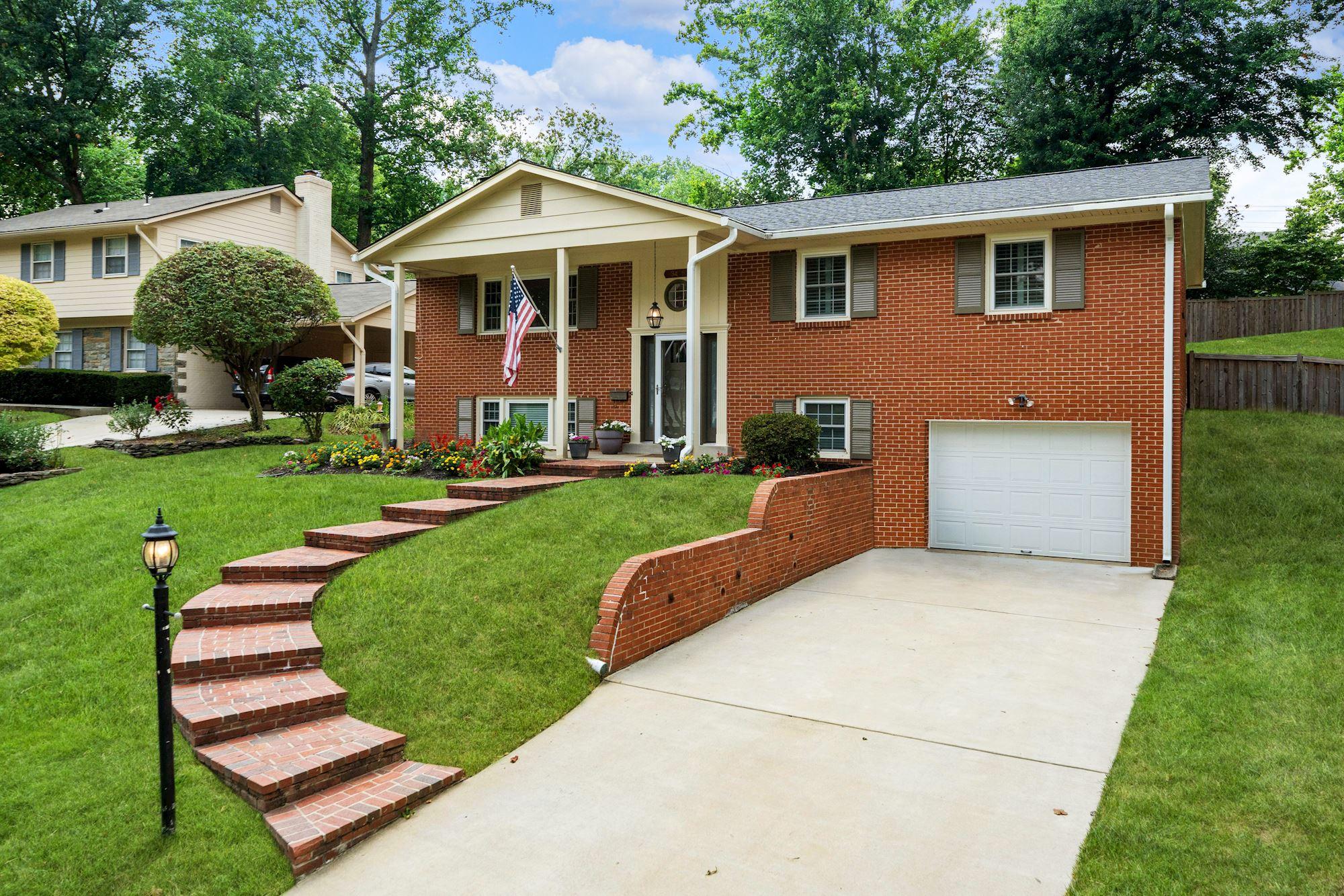 Beautiful & Updated Home in Falls Church