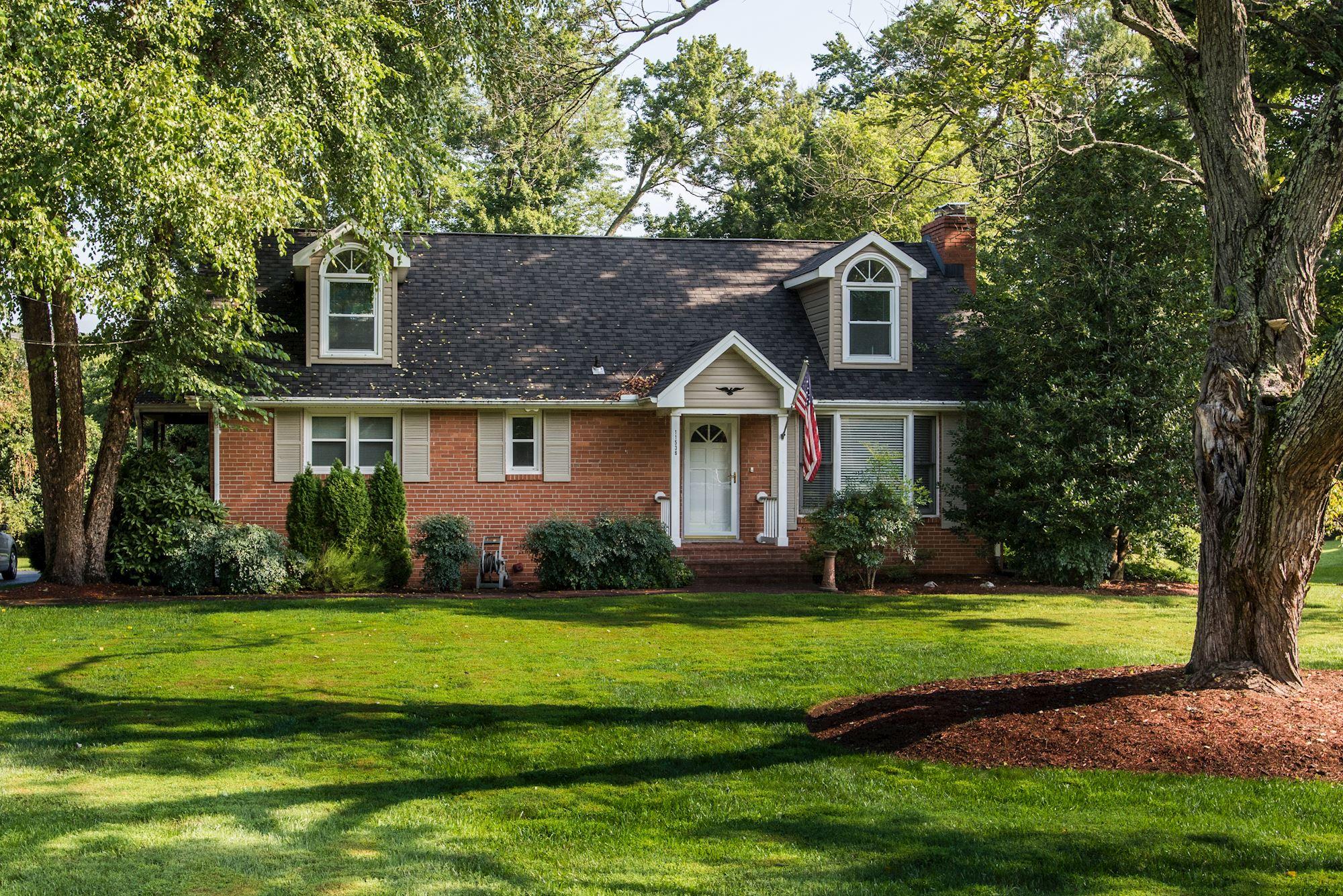 NEW LISTING: Single Family 3 BD Home in Heart of Fairfax, VA