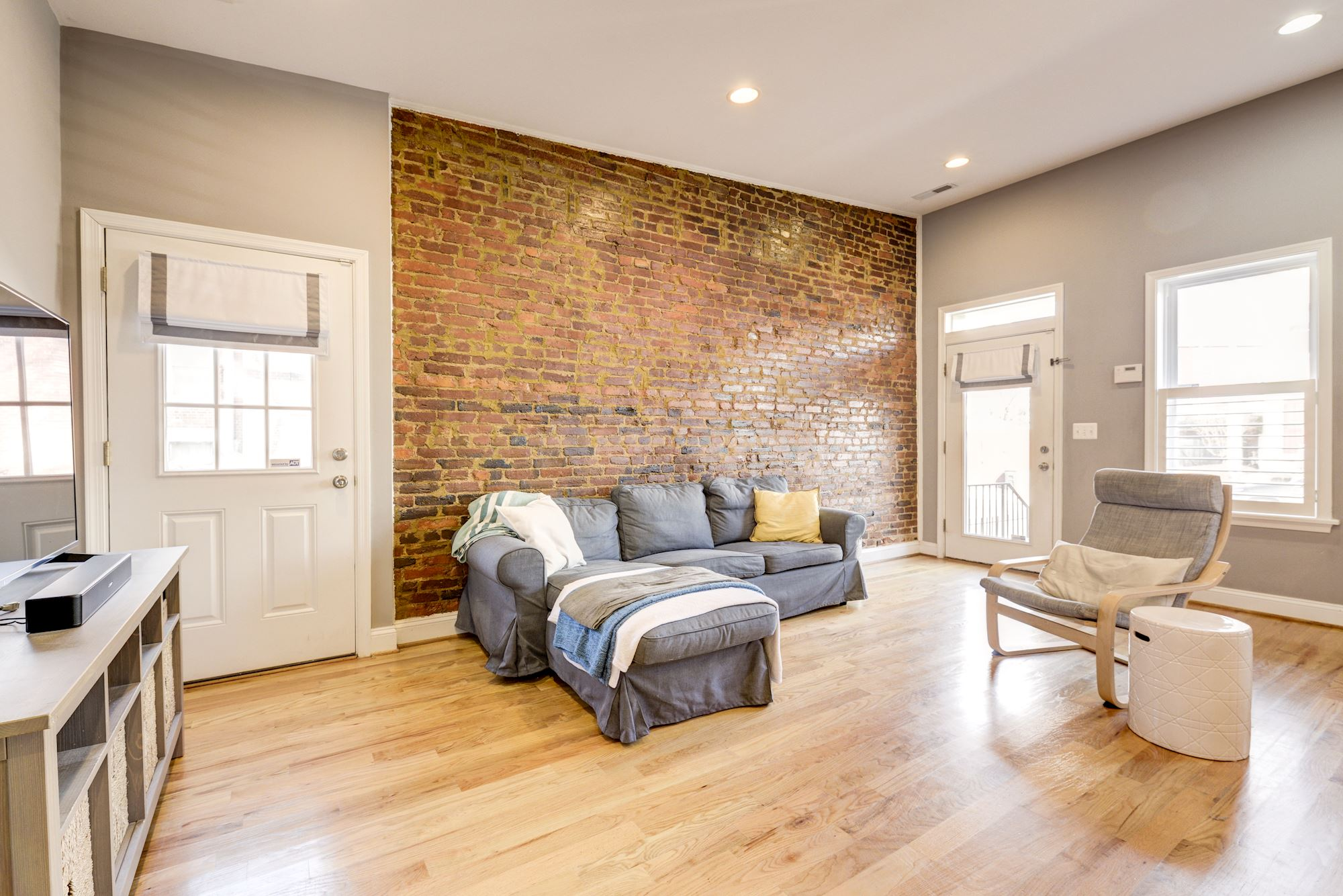 UNDER CONTRACT: 2 BD Corner-Home with Open Floor Plan In Washington DC