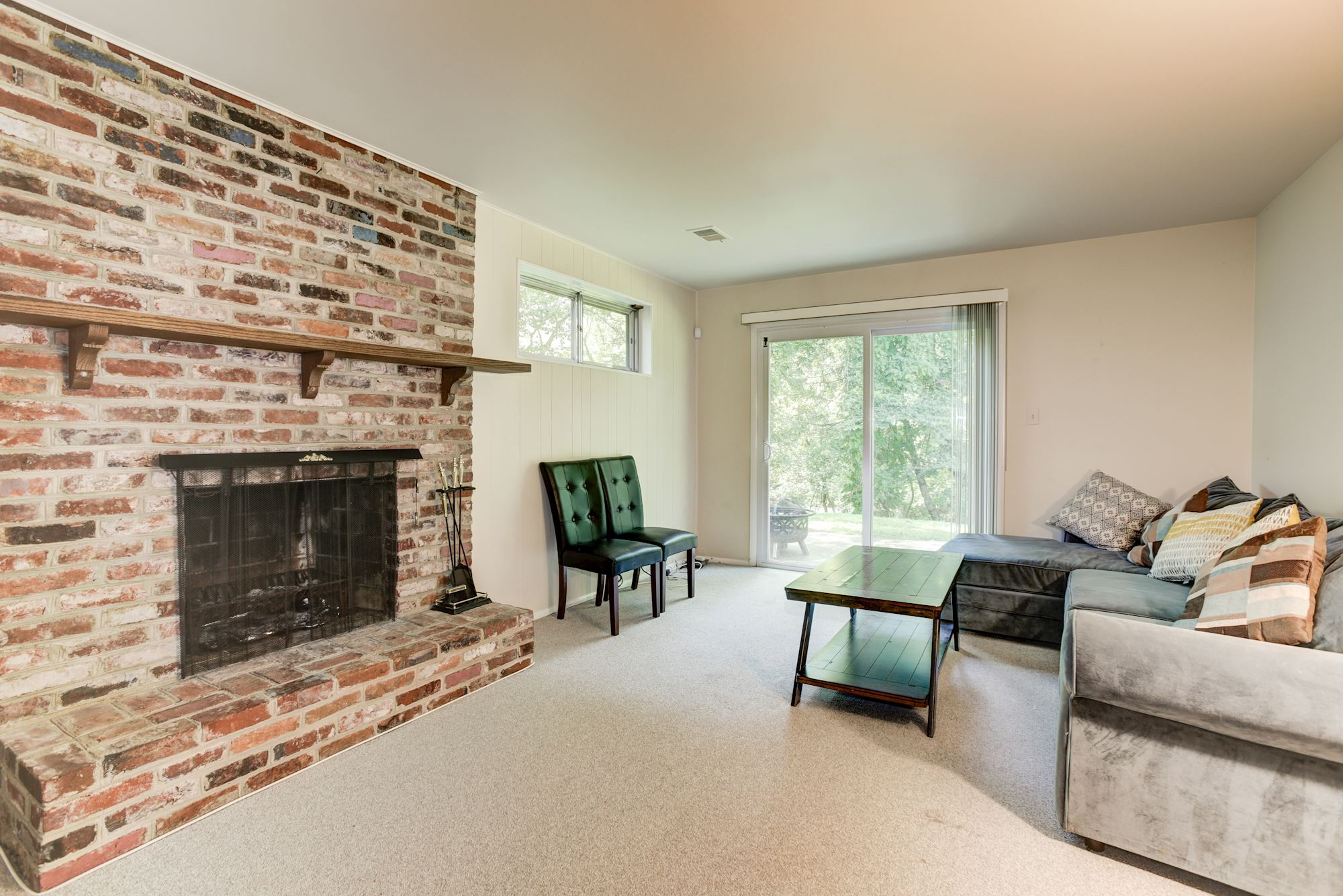 NEW LISTING: 5 BD Bright Spacious Rambler Home in Rockville,MD