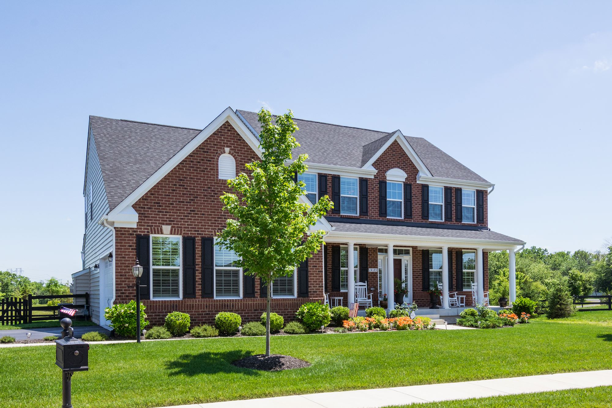 NEW LISTING: Picture Perfect 5 BD Ashburn Home With Large Yard