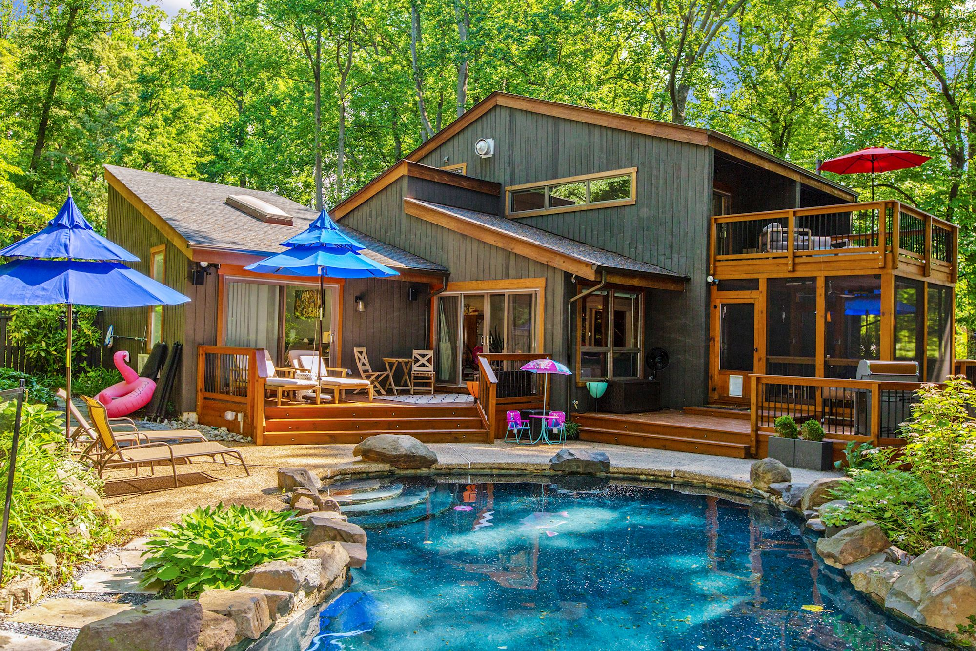 NEW LISTING: Contemporary Home on 1 Acre with Pool in Great Neighborhood
