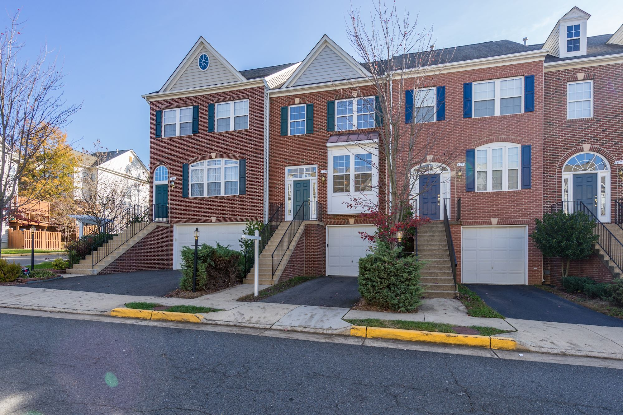 SOLD: Brick, Single Family Townhouse in Fairfax