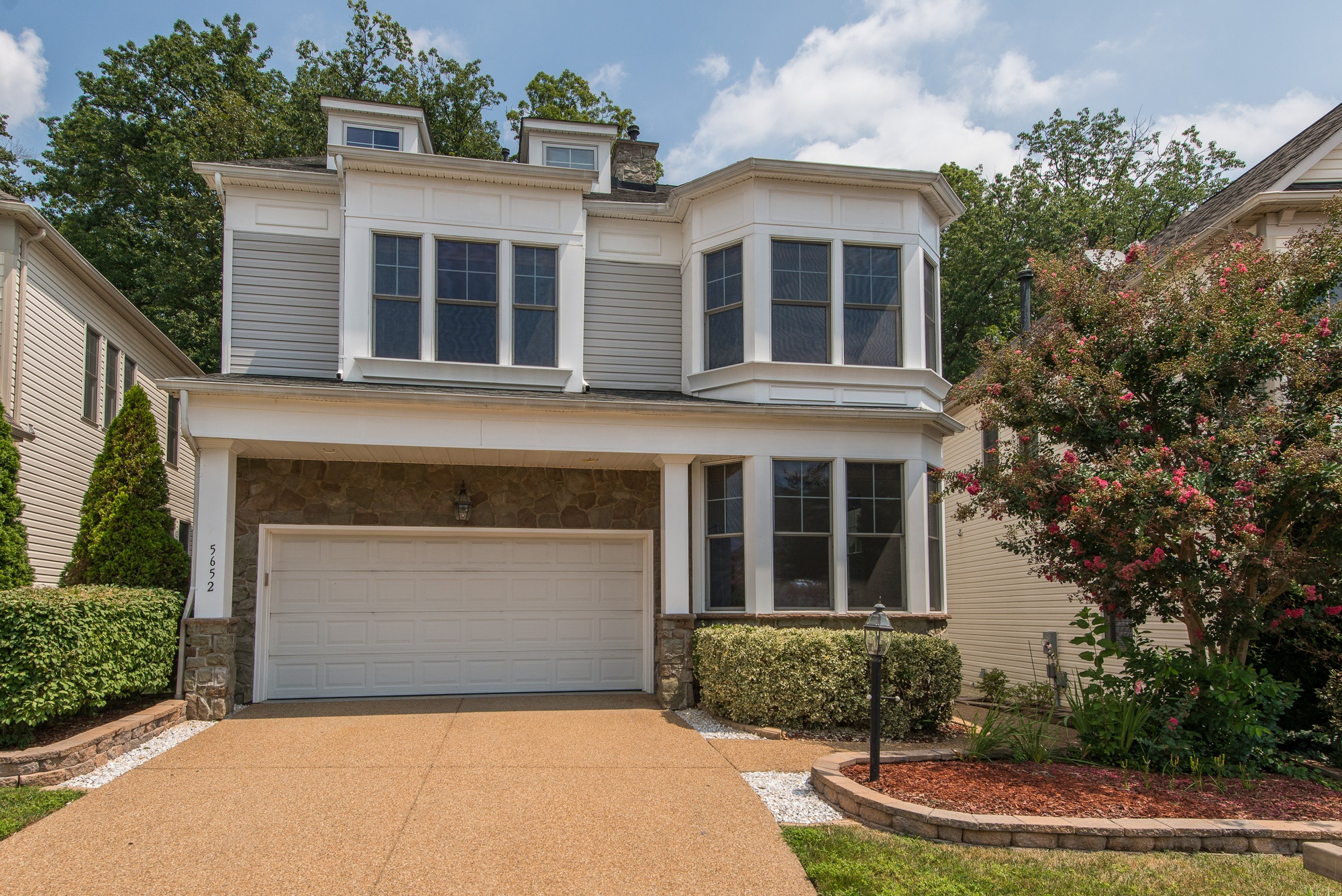 SOLD: Elegant 5 Bedroom Kingstowne Home