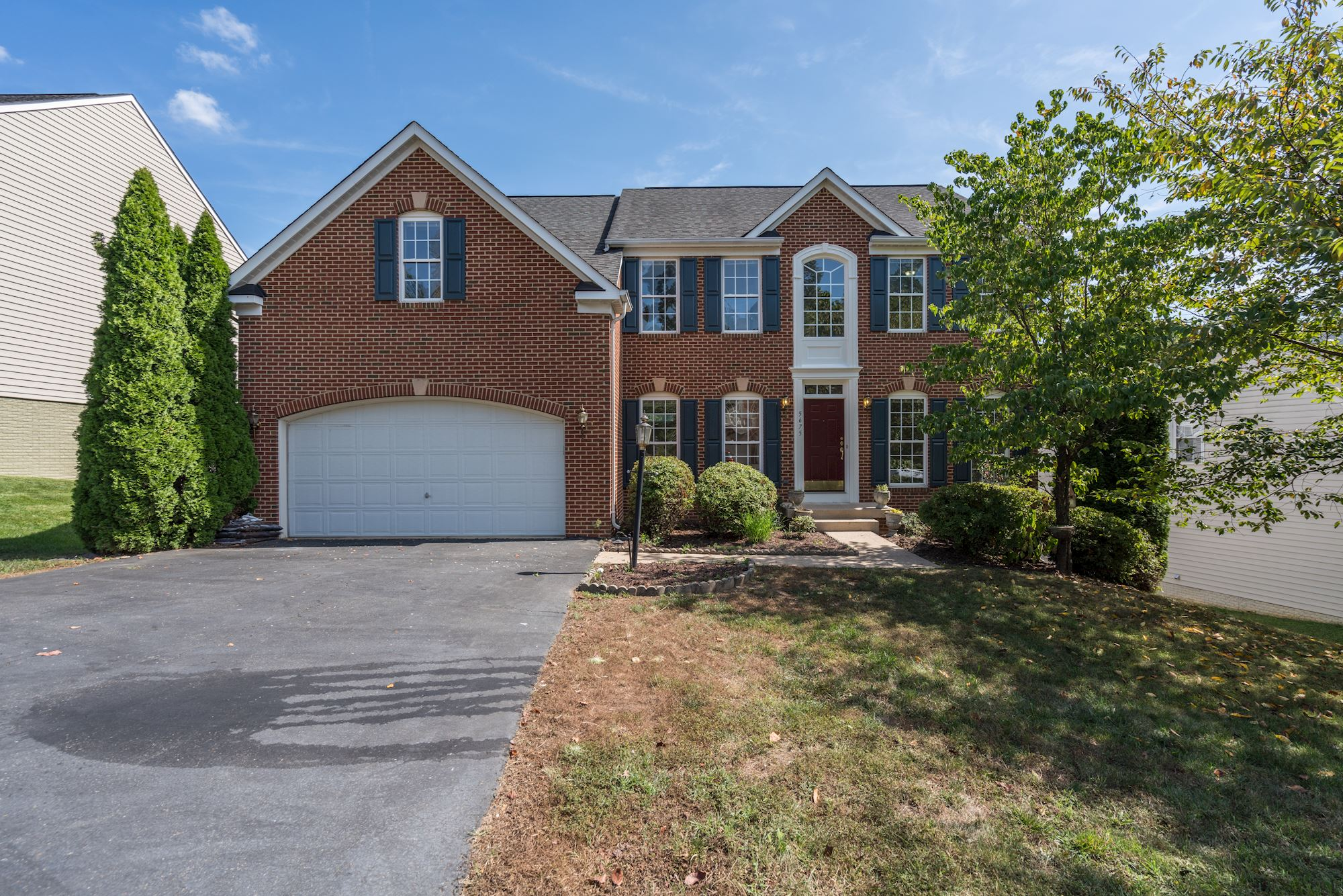 NEW LISTING: 6 BD beautiful TurnKey Colonial in Alexandria, VA