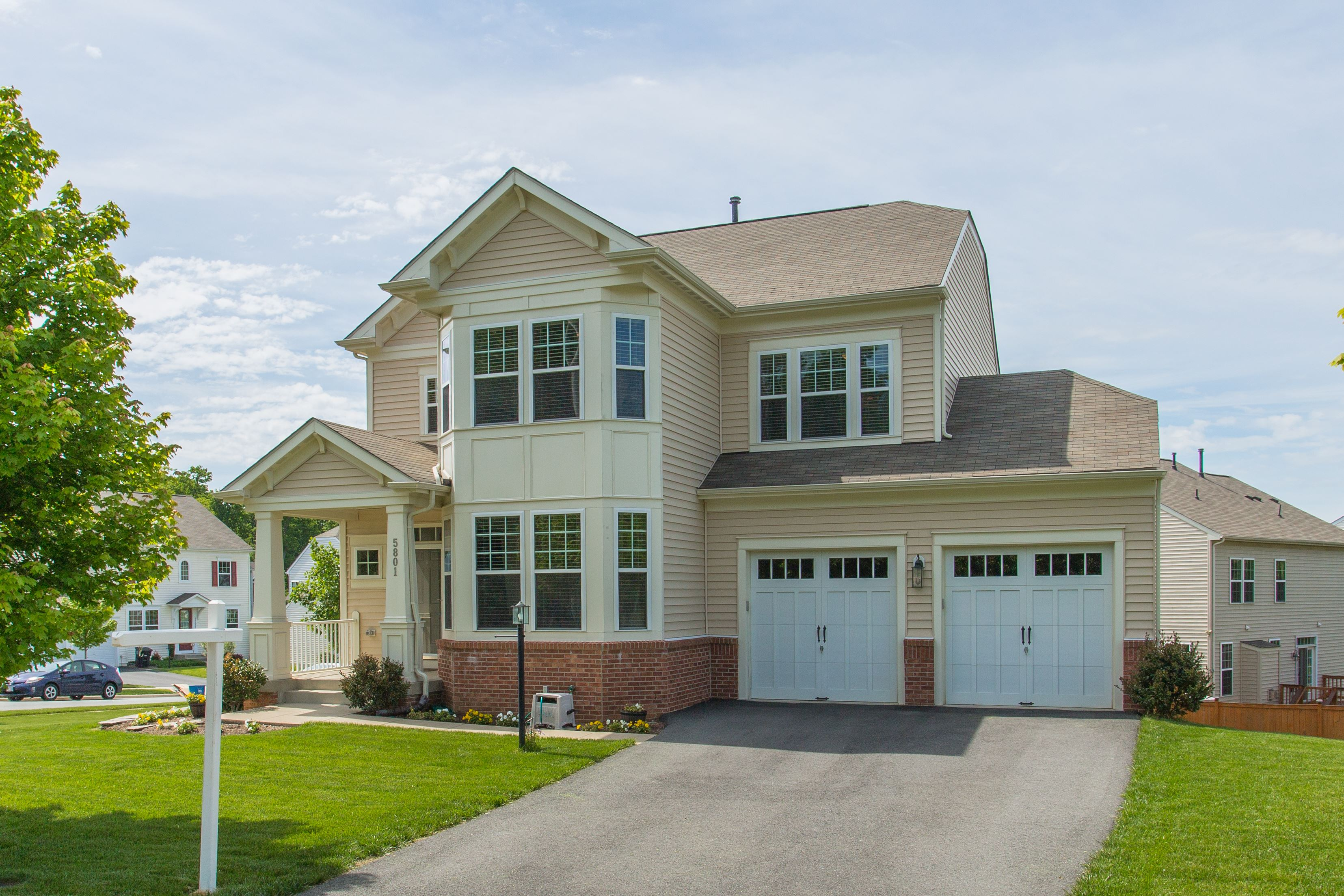 NEW LISTING: Stately 4 Bedroom Colonial In Manassas