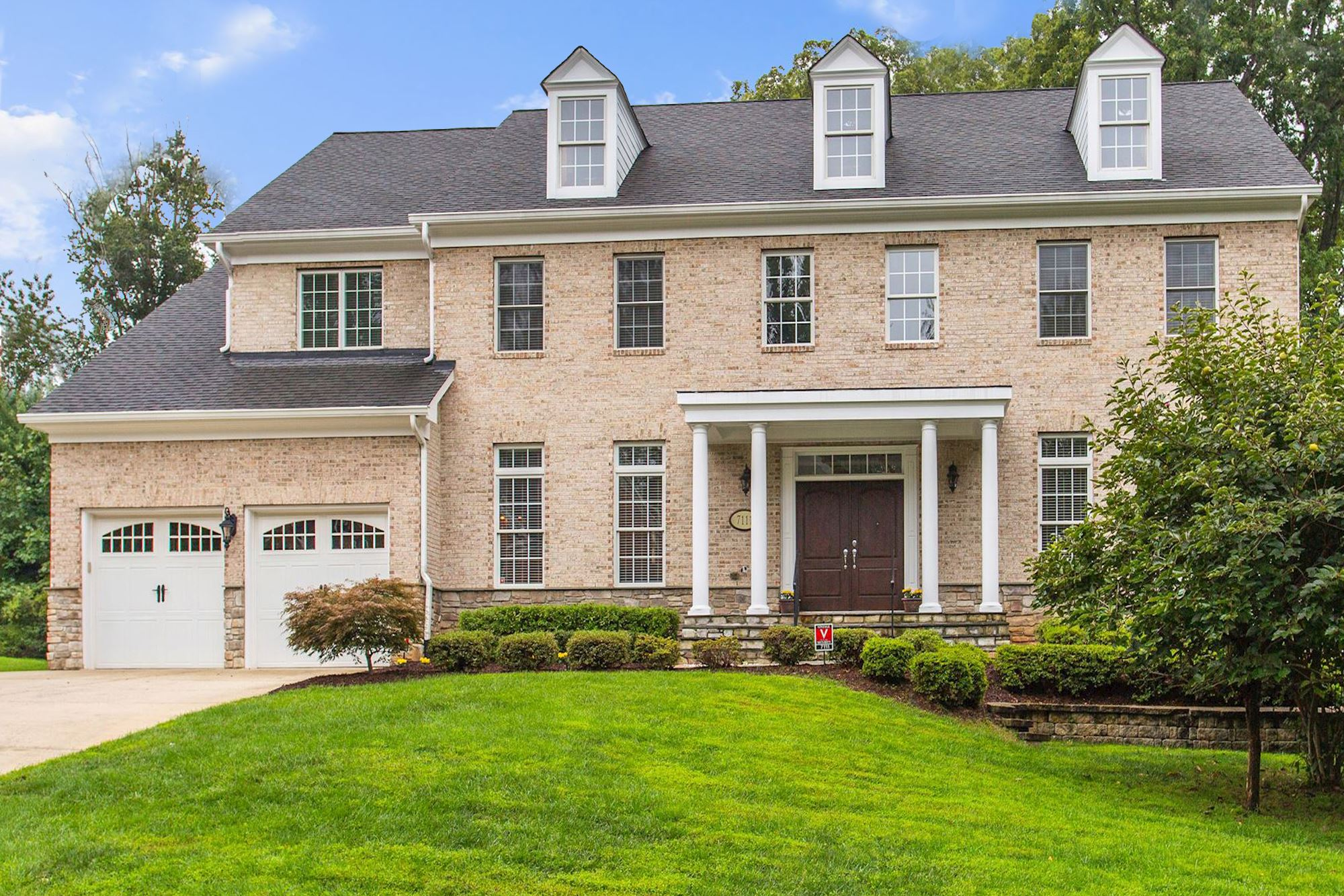 SOLD: Grand Estate in Springfield With Custom Upgrades