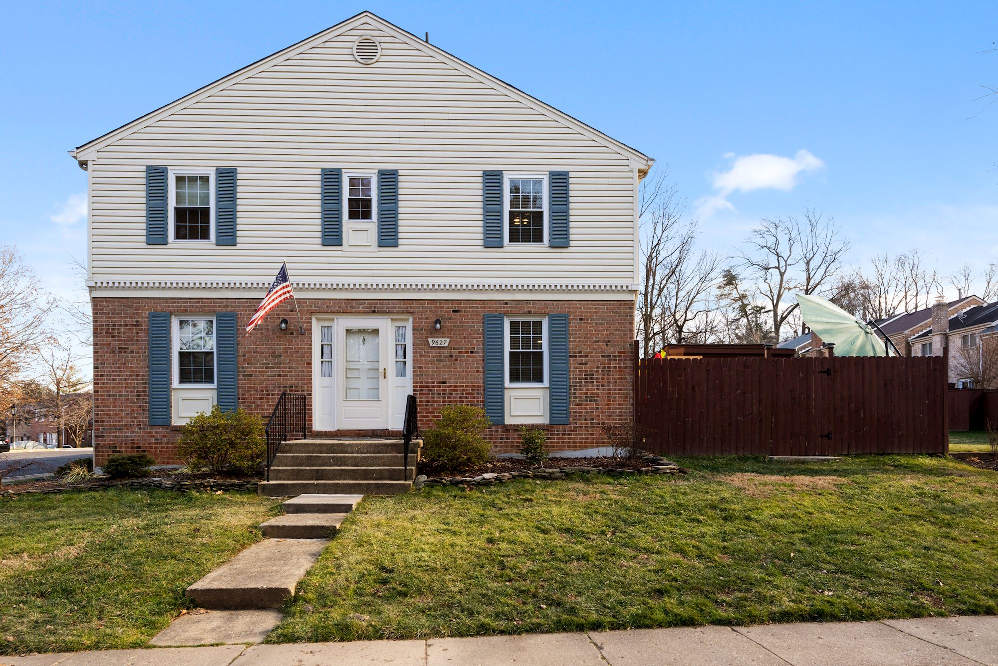 Gorgeous, move-in ready, end-unit townhouse in the desirable Linden Square Community