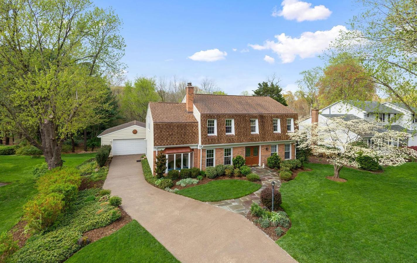Beautiful Vienna Home Sells for $169k Over List Price