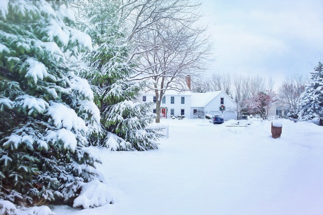 Prepping for Winter: Checklist of 7 Outdoor Home Maintenance Tasks