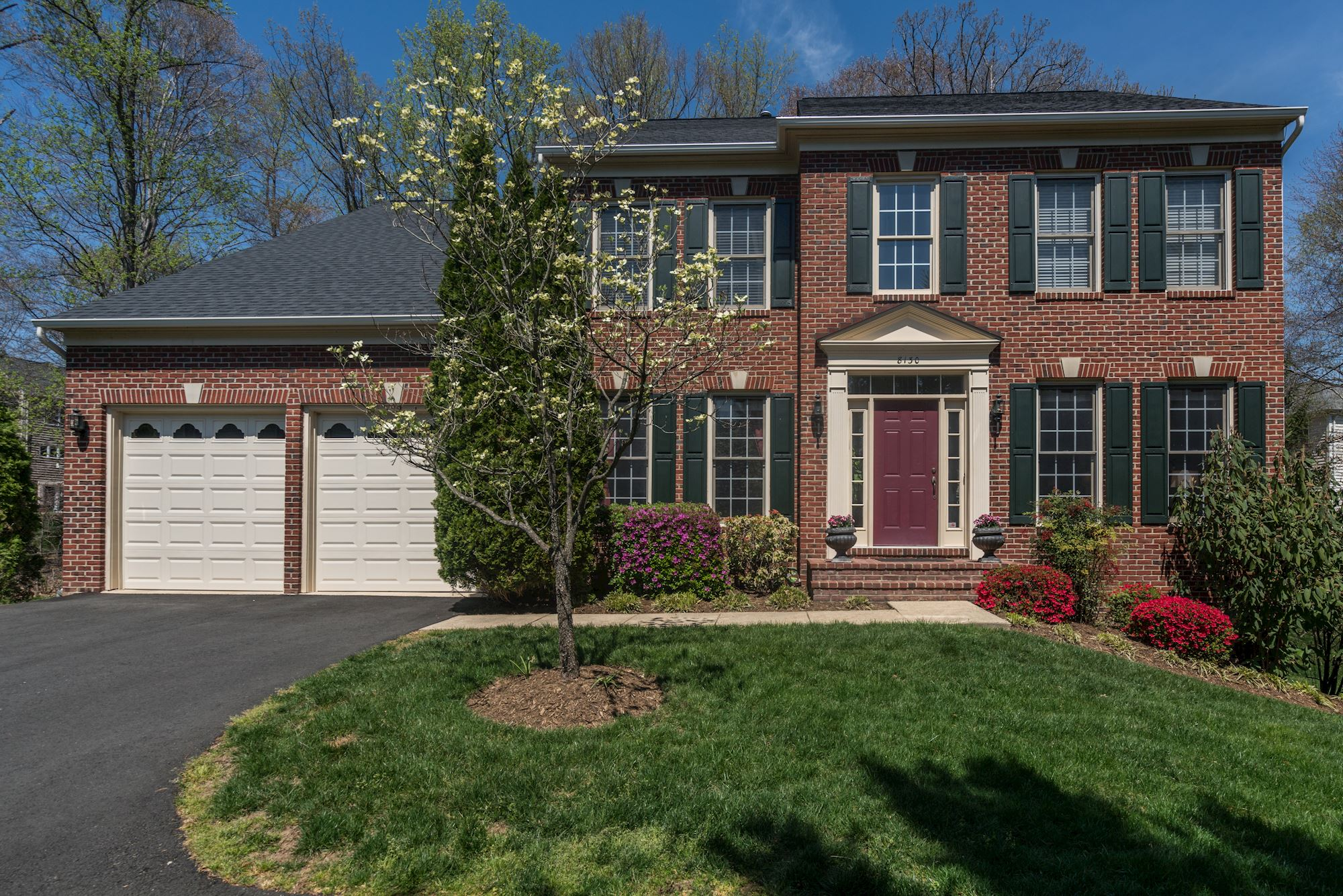 NEW LISTING: Elegant & Spacious Colonial in Barrington Community